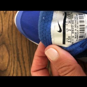 Nike Shoes - Nike sneakers - Size 2.5